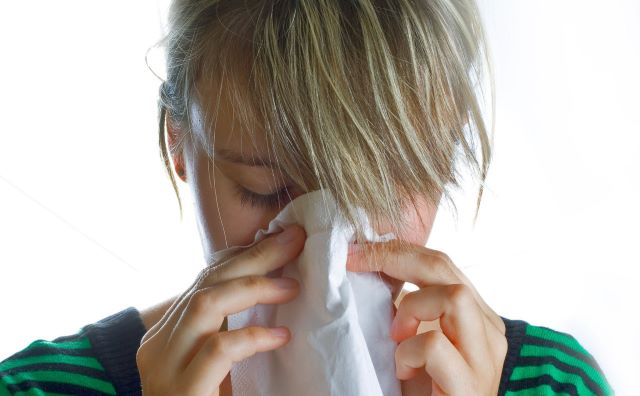 Сухой мучительный кашель насморк