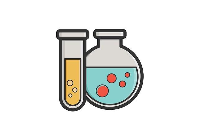 Лабораторные пробирки и колбы для анализов