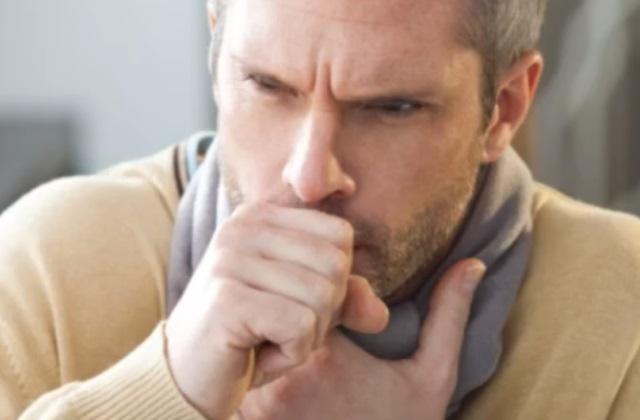 Кашель не поддающийся лечению может стать причиной для прохождения рентгена