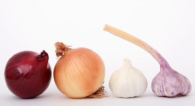 Чеснок и лук можно употреблять без ограничений