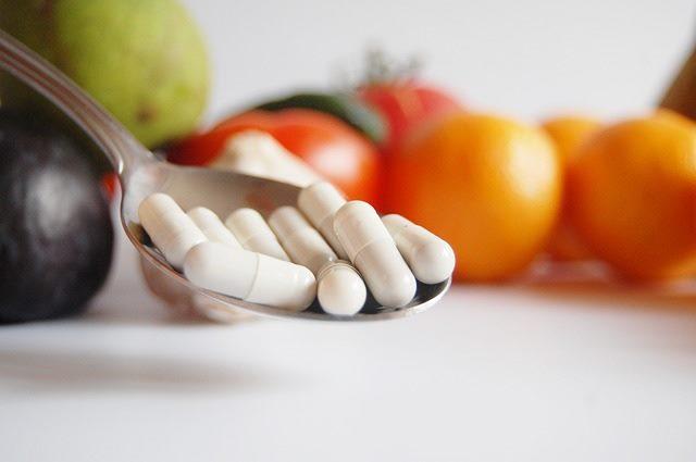 Употребление витаминов помогает победить недуг
