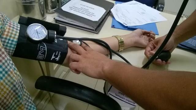 При диспансеризации пациент обязан посещать врача