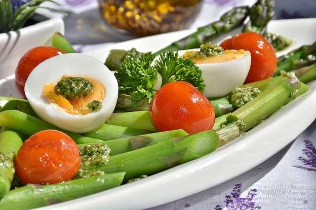 Правильное питание поможет победить недуг