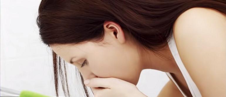 Тошнота у женщин при сальпингоофорите